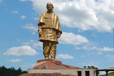 sardar_patel_statue_of-unity-inauguration-kzdC--621x414@LiveMint